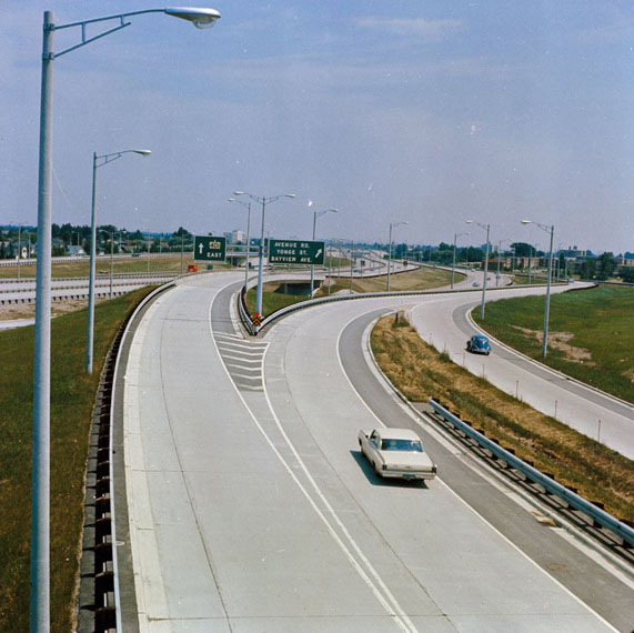 WHAT'S THIS? HIGHWAY 401 EAST OF ALLEN ROAD, TRAFFIC-FREE, 1967