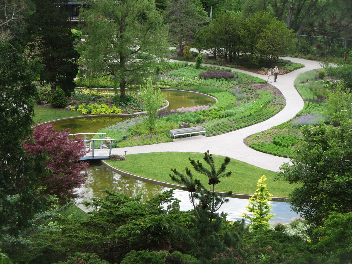 Main Entrance To The Royal Botanical Gardens Is At 680 Plains Road In  BURLINGTON. There Is An Admission Charge.